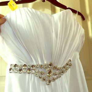 Dresses & Skirts - White strapless prom dress